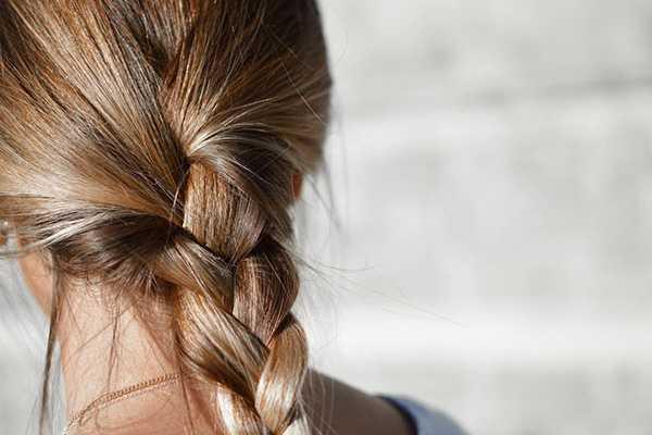 Пробиотики помогут избавиться от выпадения волос