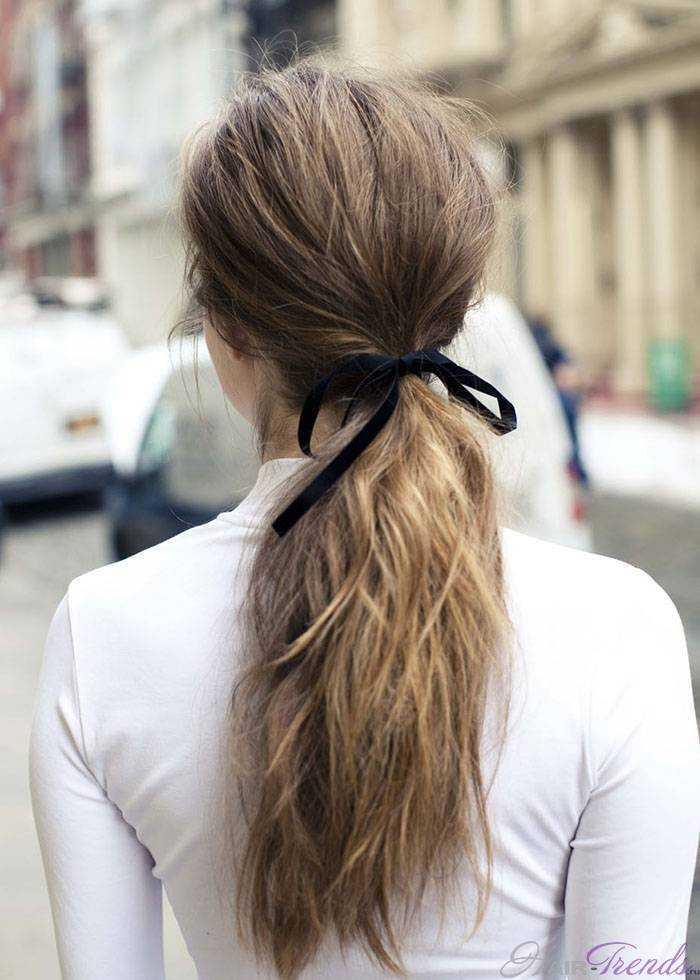 Прическа Кейт Миддлтон – бархатный бантик для волос